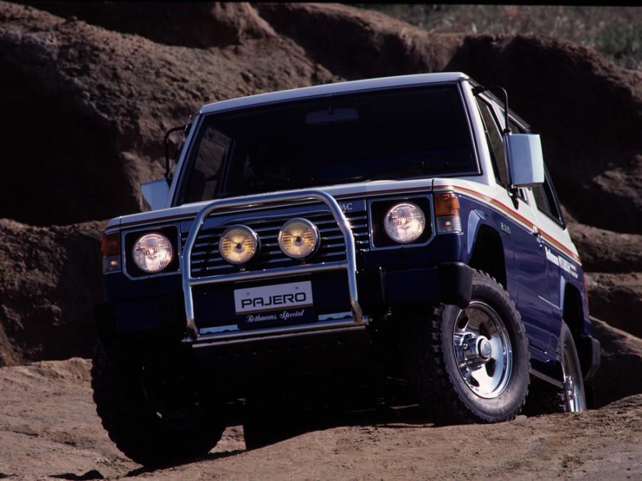 Mitsubishi Pajero Rothmans Special внедорожник 3-дв., 1982–1991, 1 поколение - отзывы, фото и характеристики на Car.ru