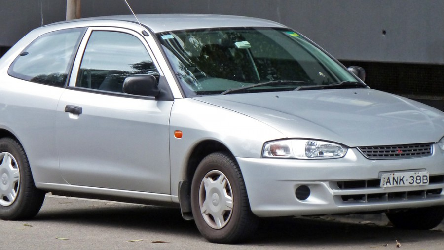 Mitsubishi Mirage хетчбэк, 1995–2002, 5 поколение - отзывы, фото и характеристики на Car.ru