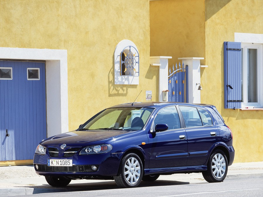 Nissan Almera хетчбэк 5-дв., 2003–2006, N16 [рестайлинг] - отзывы, фото и характеристики на Car.ru