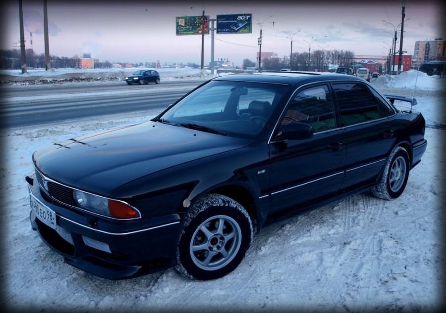 Mitsubishi Sigma седан, 1991–1996, 4 поколение - отзывы, фото и характеристики на Car.ru