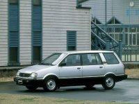Mitsubishi Space Wagon, Typ D00, Минивэн, 1983–1991