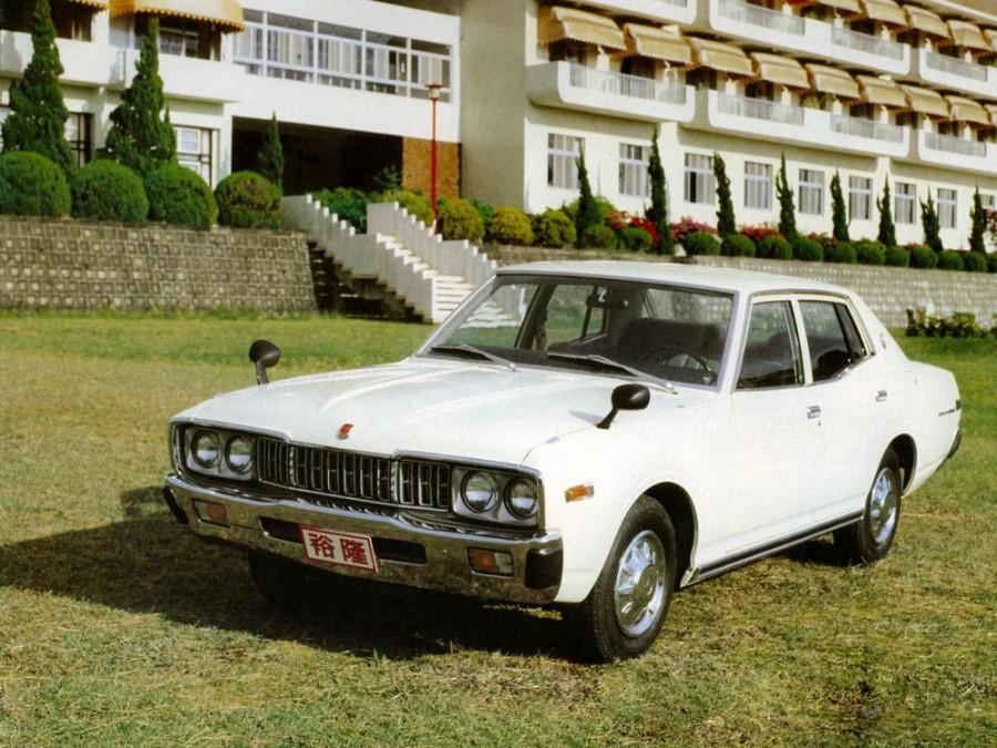 Nissan Gloria седан, 1975–1979, 330 - отзывы, фото и характеристики на Car.ru
