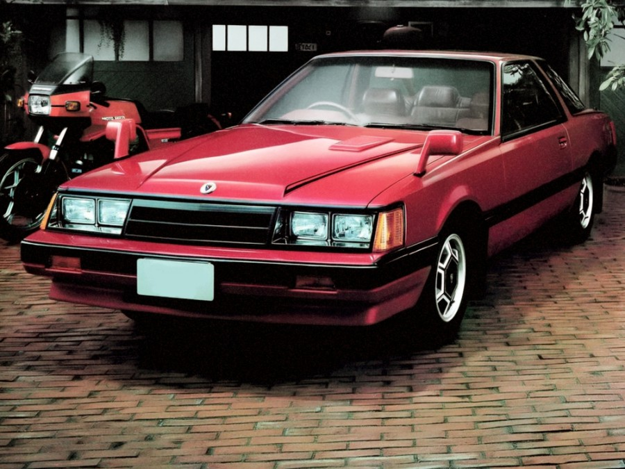 Nissan Leopard купе, 1981–1986, F30 - отзывы, фото и характеристики на Car.ru