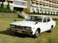 Nissan Gloria, 330, Седан, 1975–1979