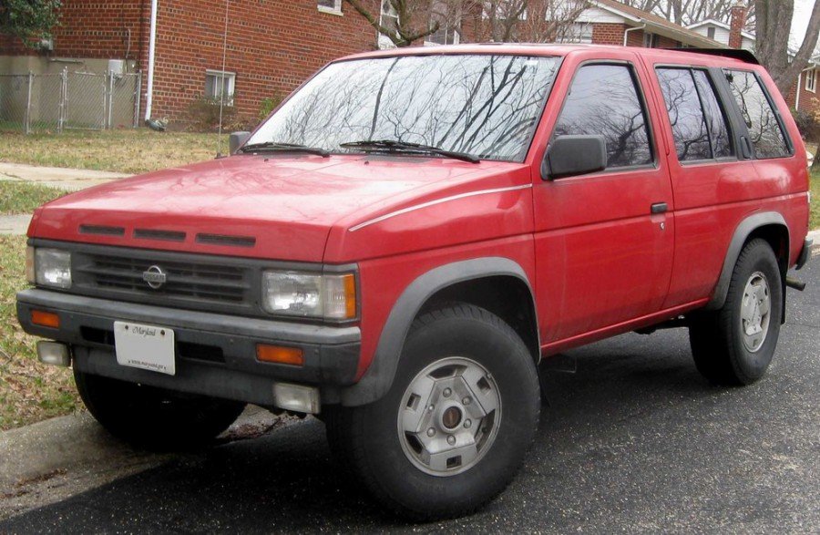 Nissan Pathfinder внедорожник 5-дв., 1987–1995, WD21 - отзывы, фото и характеристики на Car.ru