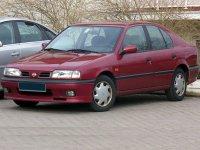 Nissan Primera, P10, Лифтбэк, 1990–1997