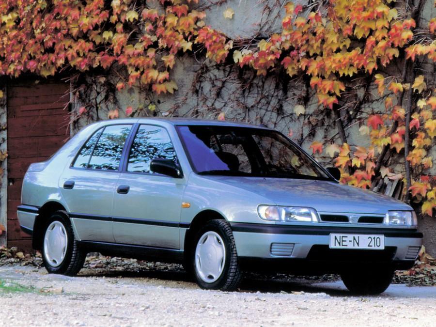 Nissan Sunny седан, 1990–1995, N14 - отзывы, фото и характеристики на Car.ru