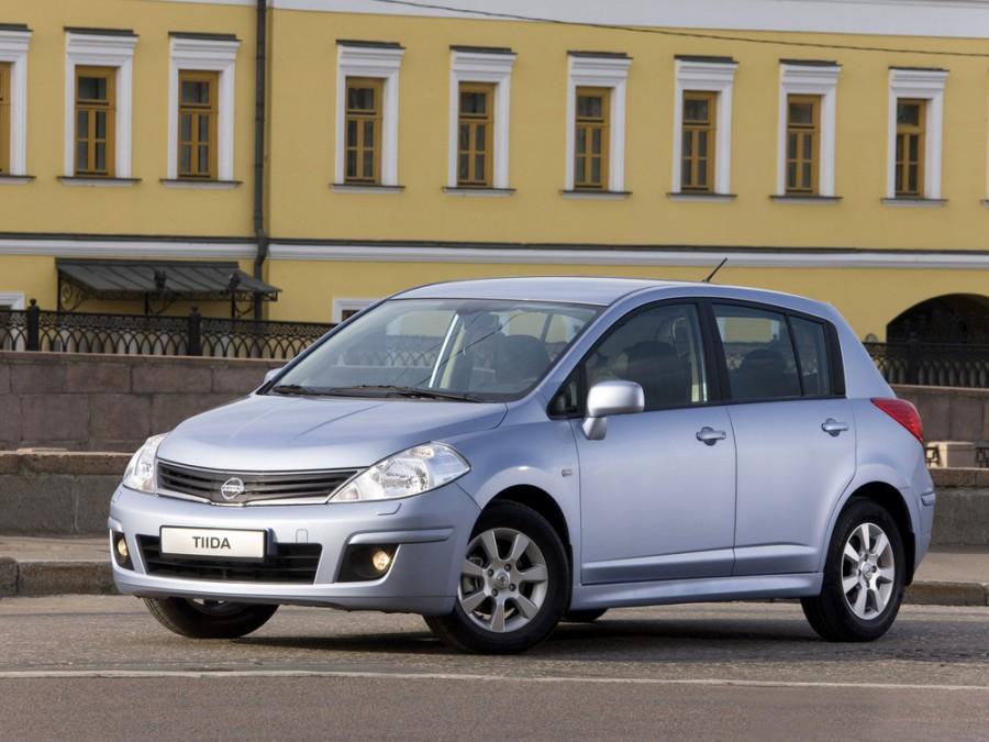 Nissan Tiida хетчбэк, 2010–2014, C11 [рестайлинг] - отзывы, фото и характеристики на Car.ru