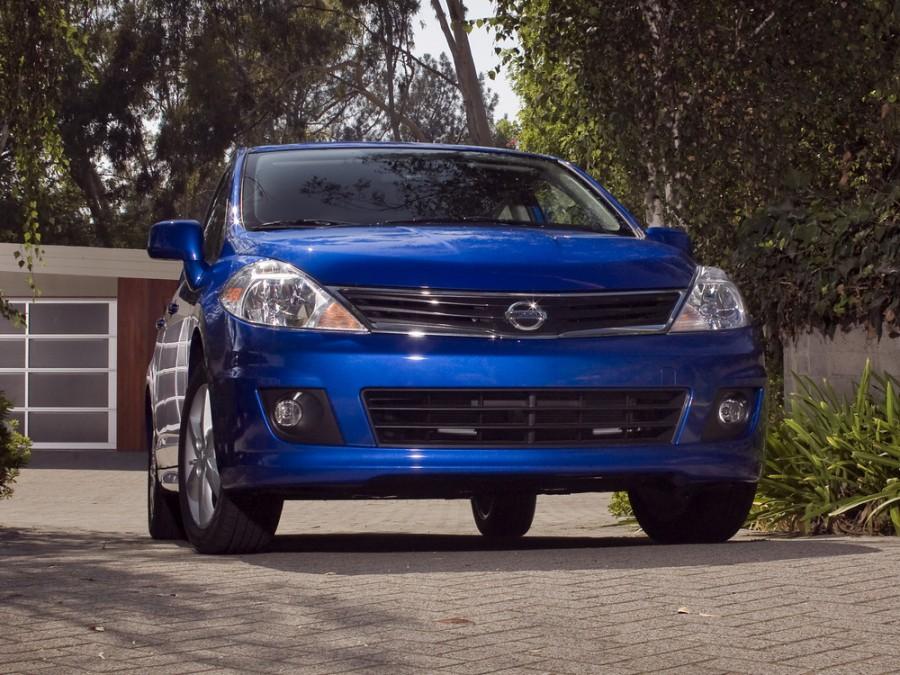Nissan Versa хетчбэк, 2009–2012, 1 поколение [рестайлинг] - отзывы, фото и характеристики на Car.ru