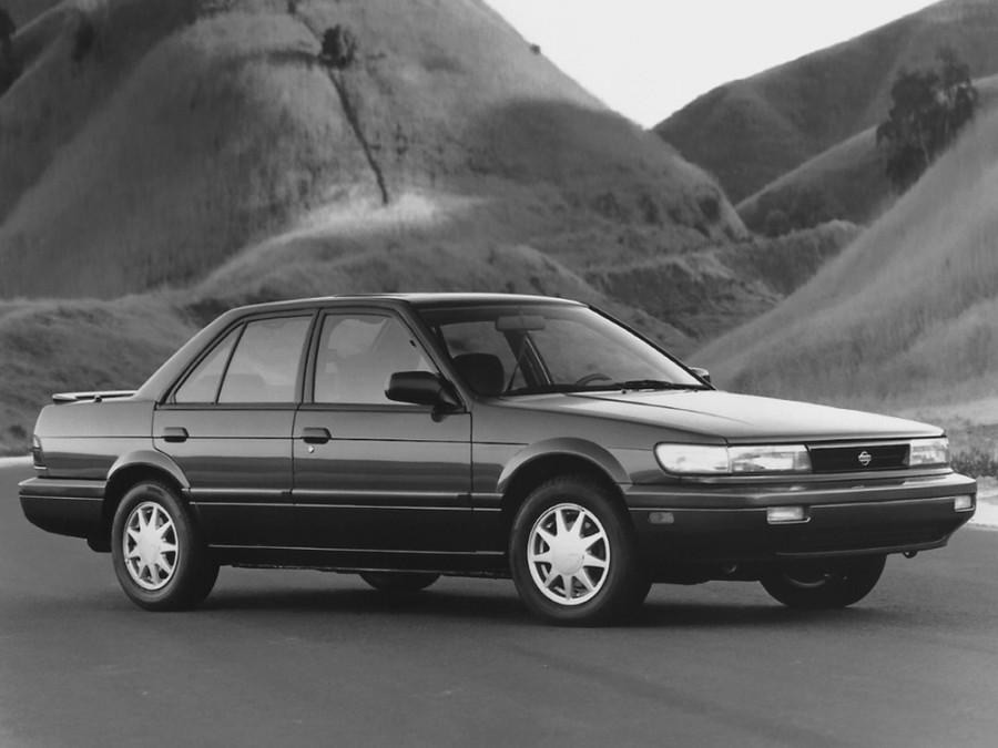 Nissan Stanza седан, 1990–1992, U12 - отзывы, фото и характеристики на Car.ru