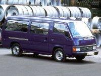 Nissan Urvan, E24, Микроавтобус