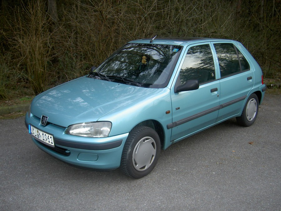 Peugeot 106 хетчбэк 5-дв., 1996–2003, 1 поколение [рестайлинг] - отзывы, фото и характеристики на Car.ru