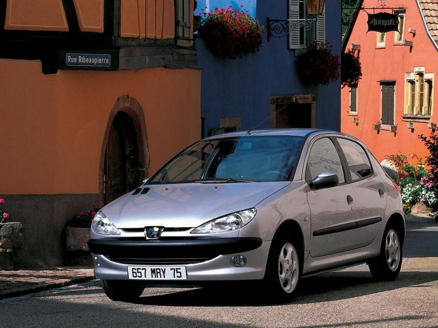 Peugeot 206 хетчбэк 5-дв., 1998–2003, 1 поколение - отзывы, фото и характеристики на Car.ru