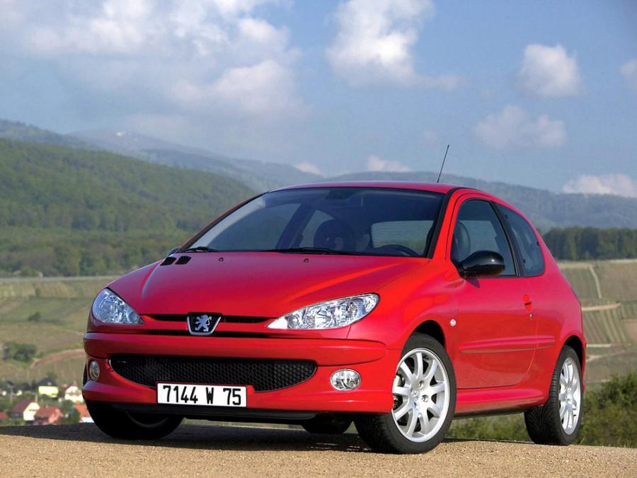Peugeot 206 хетчбэк 3-дв., 2002–2009, 1 поколение [рестайлинг] - отзывы, фото и характеристики на Car.ru