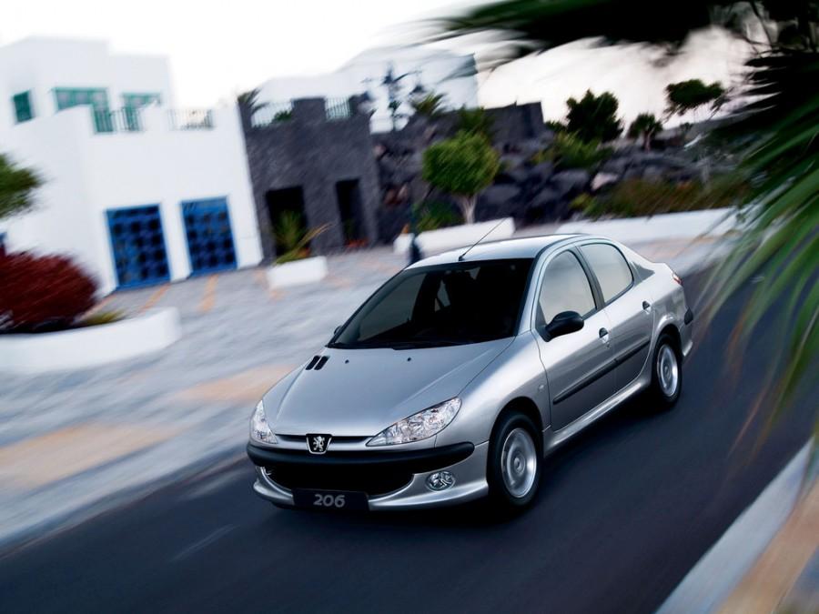 Peugeot 206, Аромашево