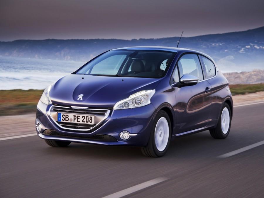 Peugeot 208 хетчбэк 3-дв., 2012–2016, 1 поколение - отзывы, фото и характеристики на Car.ru