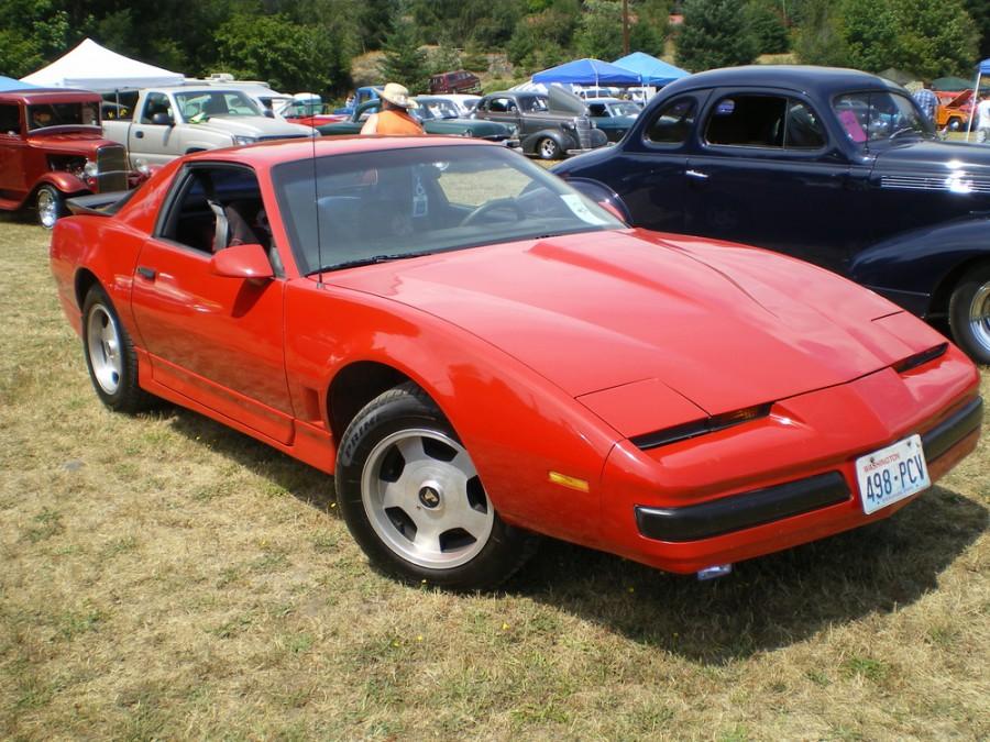 Pontiac Firebird купе 2-дв., 1985–1990, 3 поколение [рестайлинг] - отзывы, фото и характеристики на Car.ru