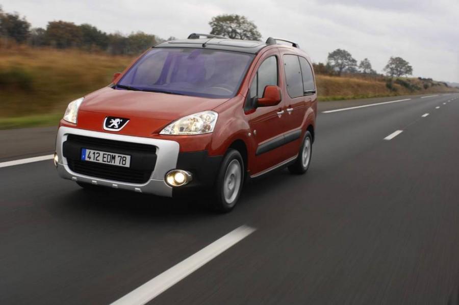 Peugeot Partner Tepee минивэн, 2008–2012, 2 поколение - отзывы, фото и характеристики на Car.ru