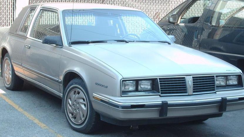 Pontiac 6000 седан, 1982–1984, 1 поколение - отзывы, фото и характеристики на Car.ru