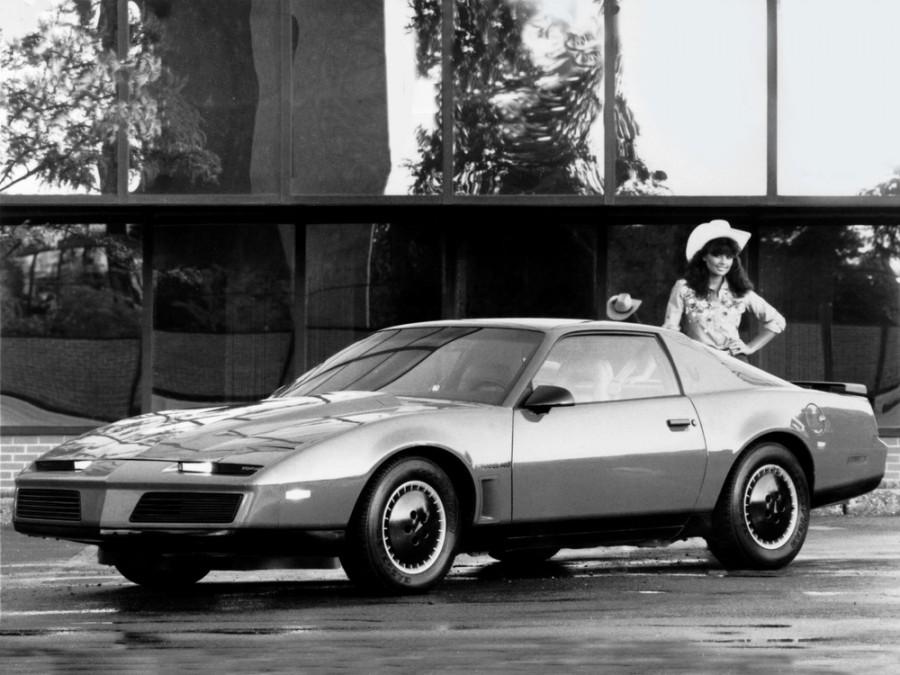 Pontiac Firebird Trans Am купе 2-дв., 1982–1984, 3 поколение - отзывы, фото и характеристики на Car.ru