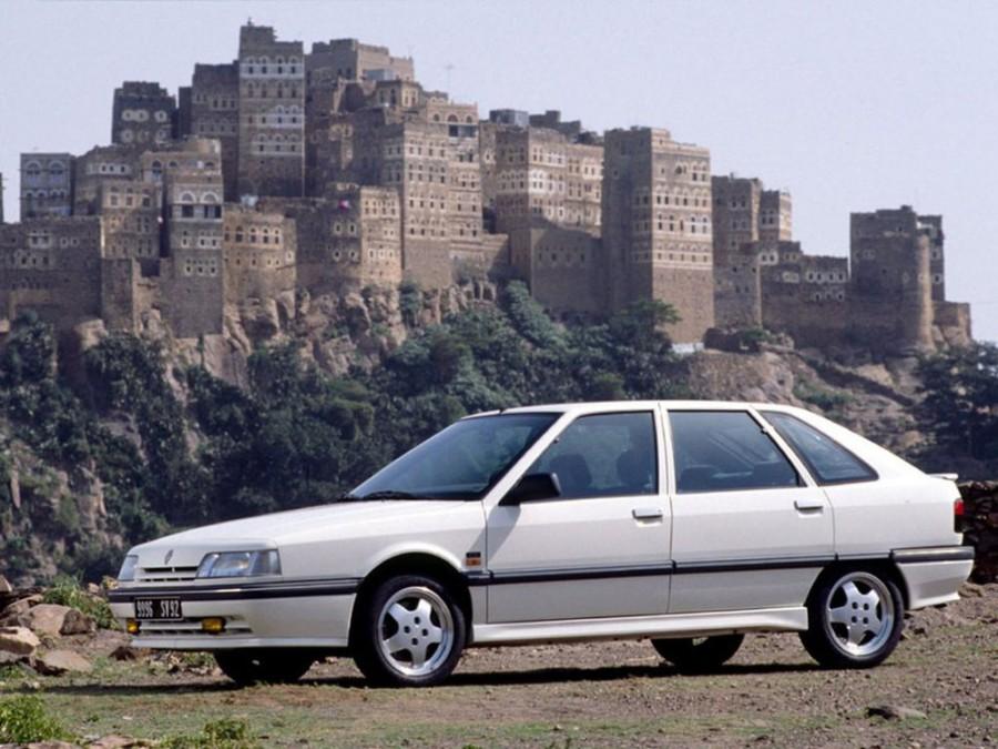 Renault 21 хетчбэк, 1989–1995, 1 поколение [рестайлинг] - отзывы, фото и характеристики на Car.ru