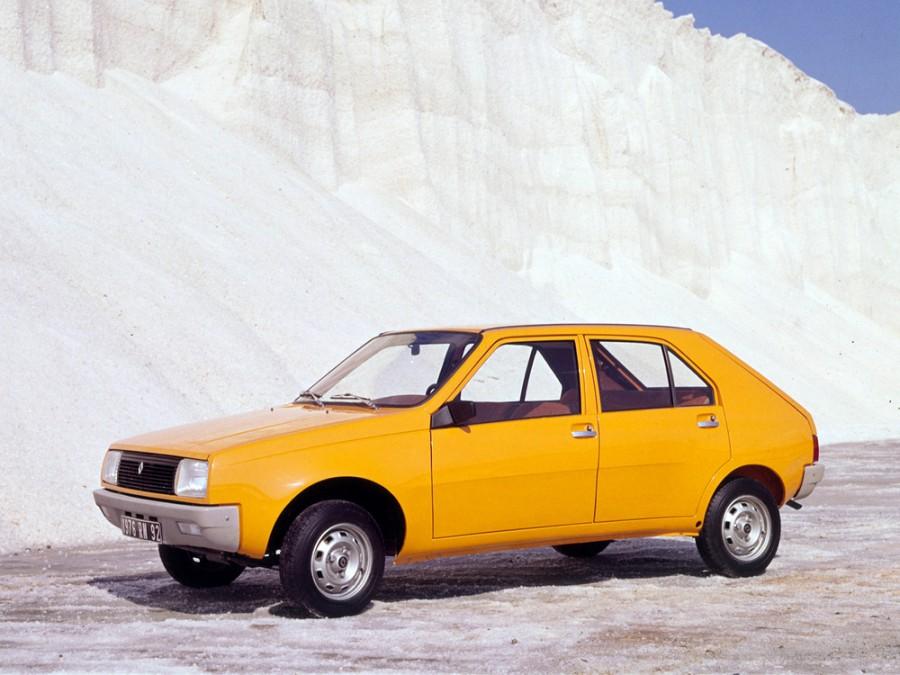 Renault 14 хетчбэк, 1976–1979, 1 поколение - отзывы, фото и характеристики на Car.ru