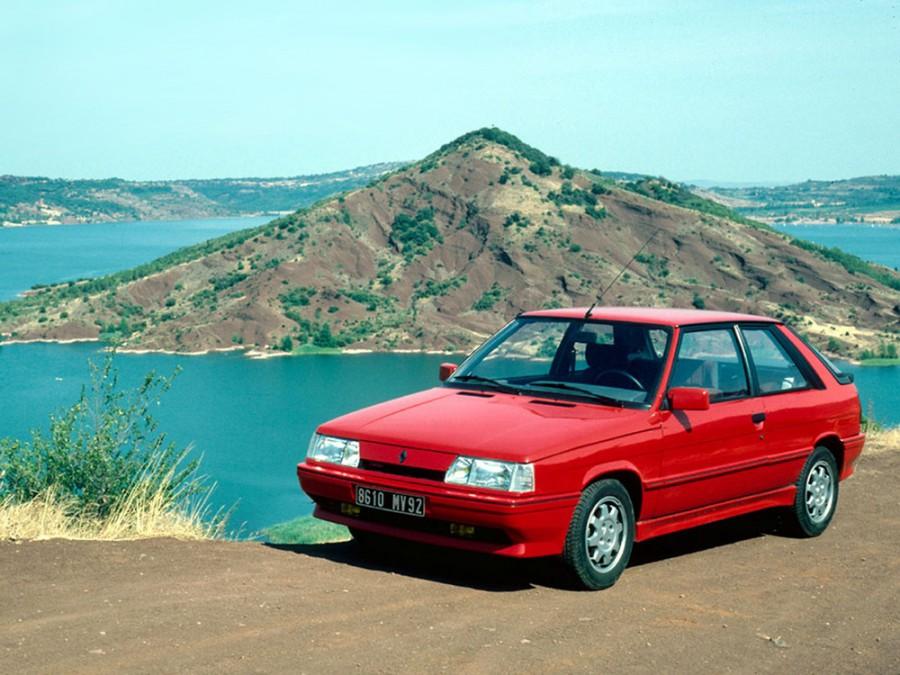Renault 11 хетчбэк 3-дв., 1986–1989, 2 поколение - отзывы, фото и характеристики на Car.ru