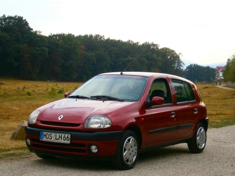 Renault Clio хетчбэк 5-дв., 1998–2005, 2 поколение - отзывы, фото и характеристики на Car.ru