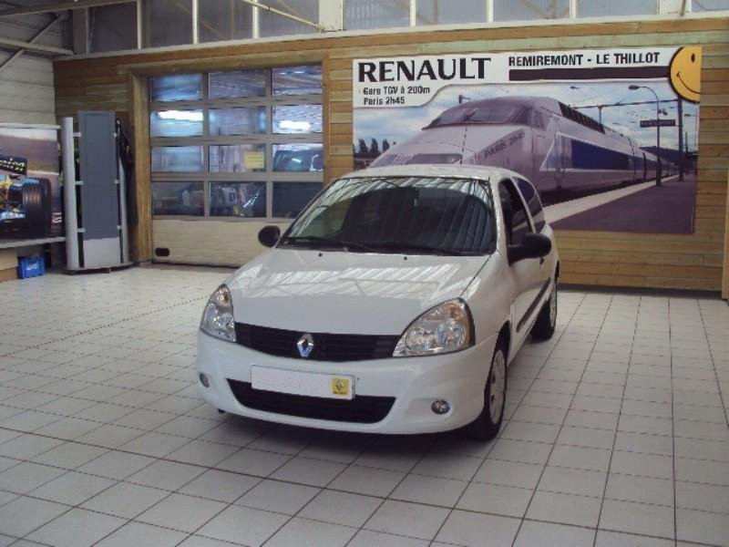 Renault Clio хетчбэк 3-дв., 2009–2016, Campus [3-й рестайлинг] - отзывы, фото и характеристики на Car.ru
