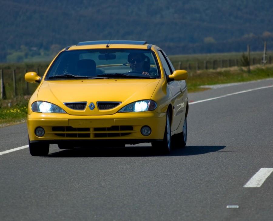 Renault Megane купе, 1999–2010, 1 поколение [рестайлинг] - отзывы, фото и характеристики на Car.ru