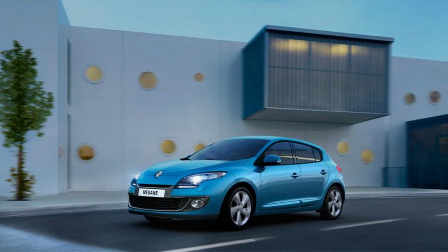Renault Megane хетчбэк 5-дв., 2012–2016, 3 поколение [рестайлинг] - отзывы, фото и характеристики на Car.ru