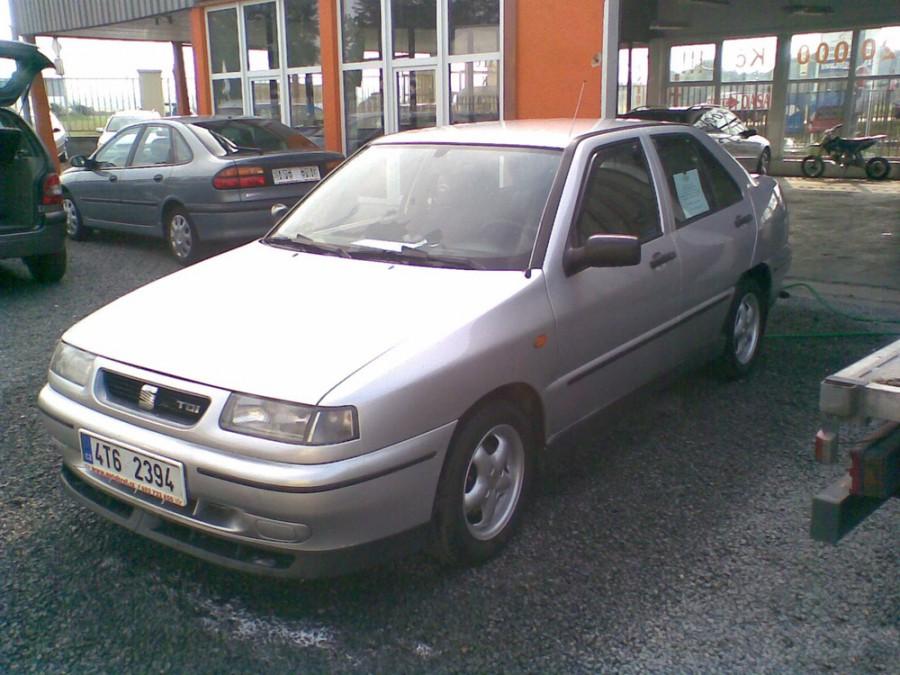 Seat Toledo хетчбэк, 1995–1999, 1 поколение [рестайлинг] - отзывы, фото и характеристики на Car.ru