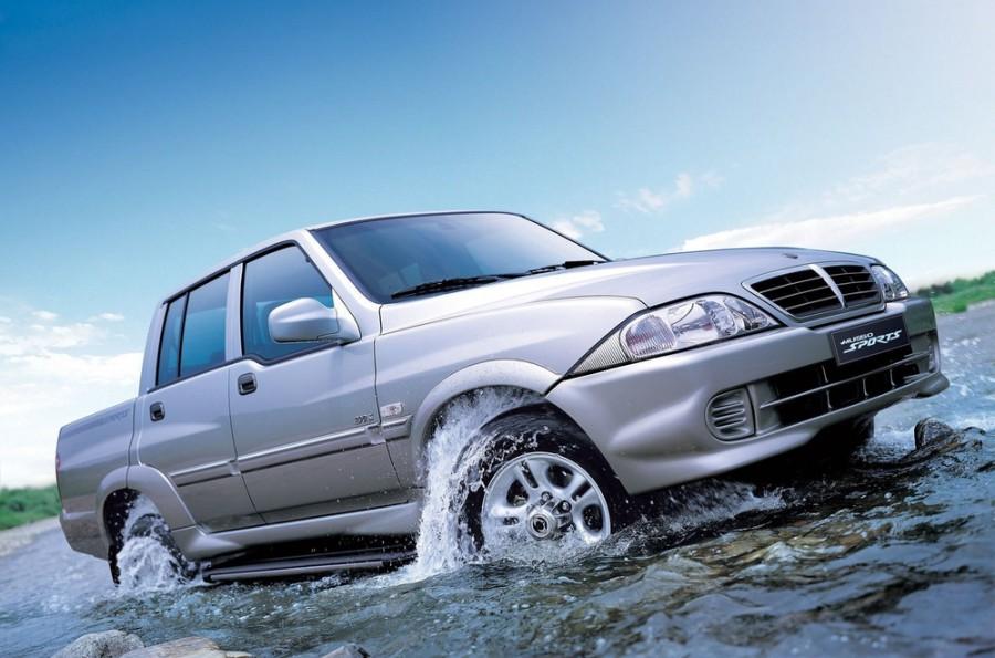 Ssangyong Musso пикап, 2001–2005, 2 поколение - отзывы, фото и характеристики на Car.ru