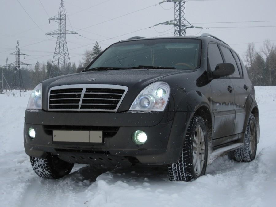 Ssangyong Rexton внедорожник, 2006–2012, 2 поколение - отзывы, фото и характеристики на Car.ru