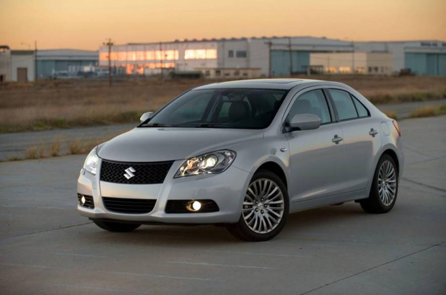 Suzuki Kizashi седан, 2010–2014, 1 поколение - отзывы, фото и характеристики на Car.ru