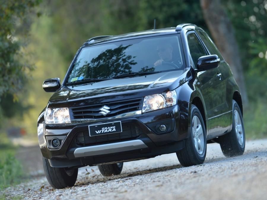 Suzuki Grand Vitara кроссовер 3-дв., 2012–2015, 2 поколение [рестайлинг] - отзывы, фото и характеристики на Car.ru