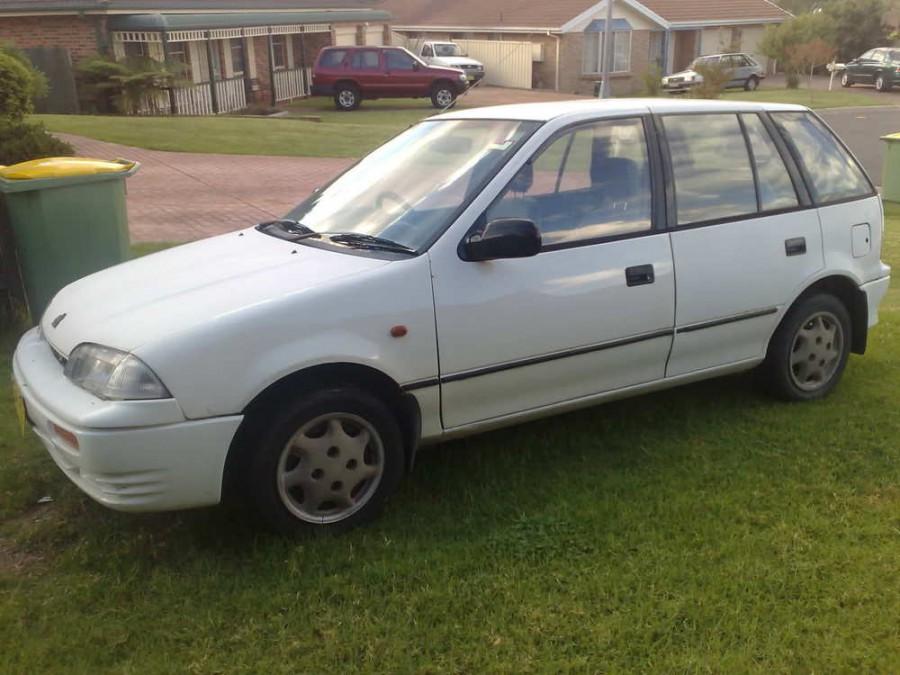 Suzuki Swift хетчбэк 5-дв., 1990–1996, 2 поколение - отзывы, фото и характеристики на Car.ru
