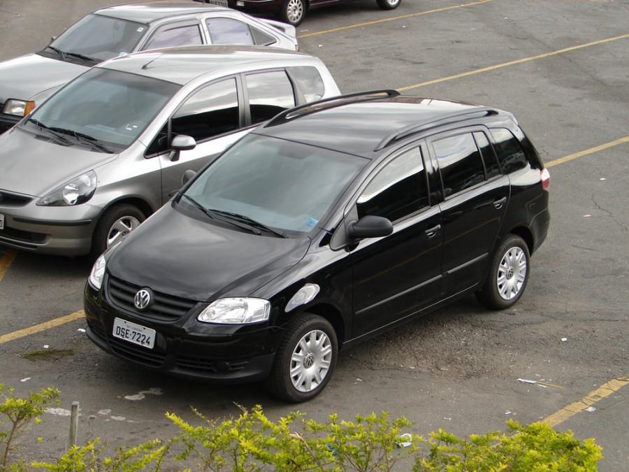 Volkswagen Fox Space универсал 5-дв., 2009–2014, 3 поколение - отзывы, фото и характеристики на Car.ru