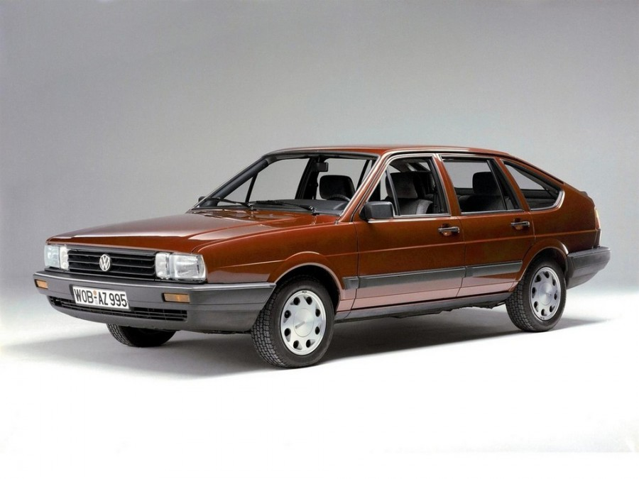 Volkswagen Passat хетчбэк 5-дв., 1981–1988, B2 - отзывы, фото и характеристики на Car.ru