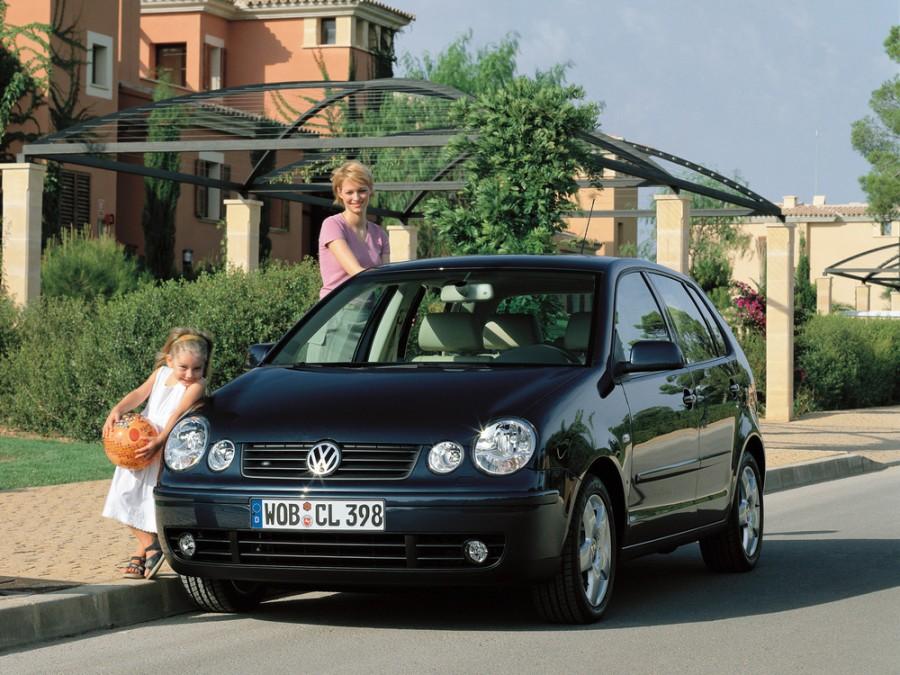 Volkswagen Polo хетчбэк 5-дв., 2001–2005, 4 поколение - отзывы, фото и характеристики на Car.ru
