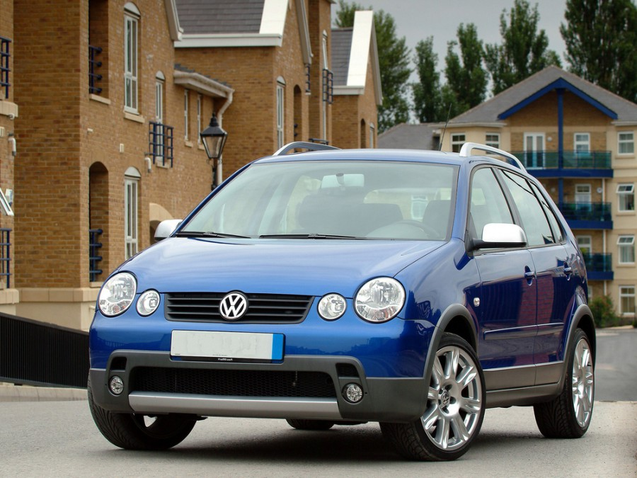 Volkswagen Polo Fun хетчбэк 5-дв., 2001–2005, 4 поколение - отзывы, фото и характеристики на Car.ru