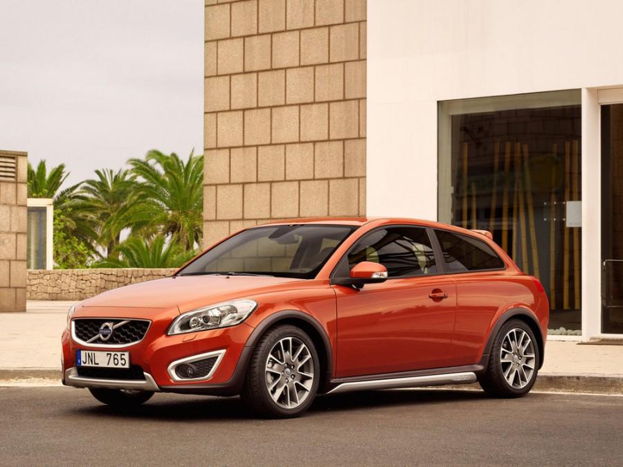 Volvo C30 хетчбэк 3-дв., 2009–2013, 1 поколение [рестайлинг] - отзывы, фото и характеристики на Car.ru