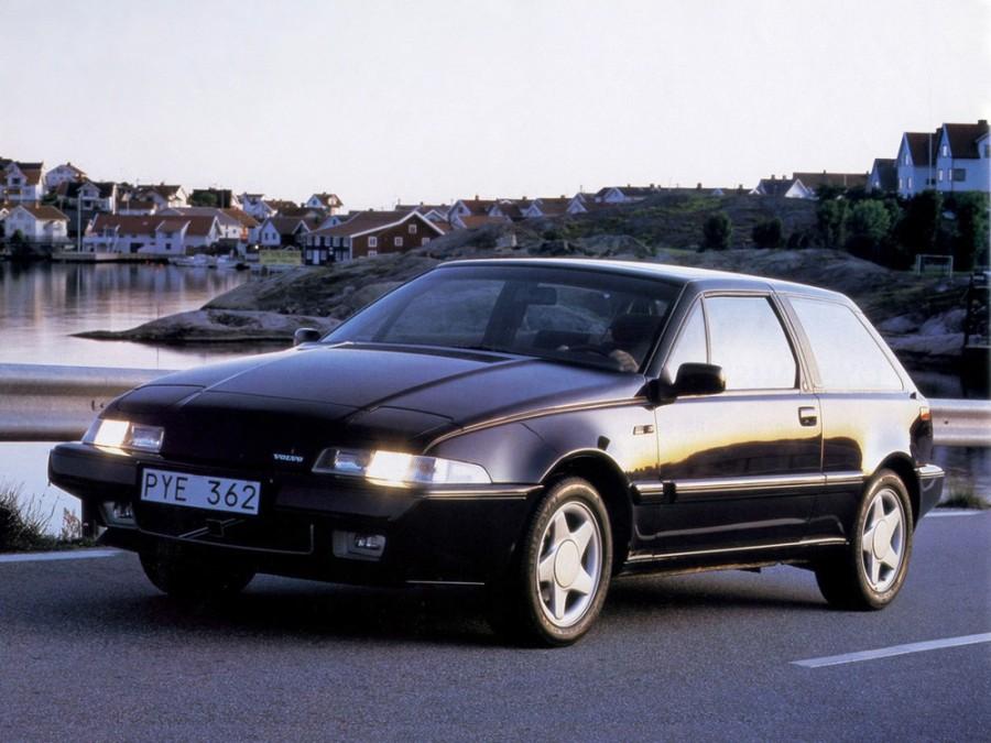 Volvo 480 хетчбэк, 1986–1995, 1 поколение - отзывы, фото и характеристики на Car.ru