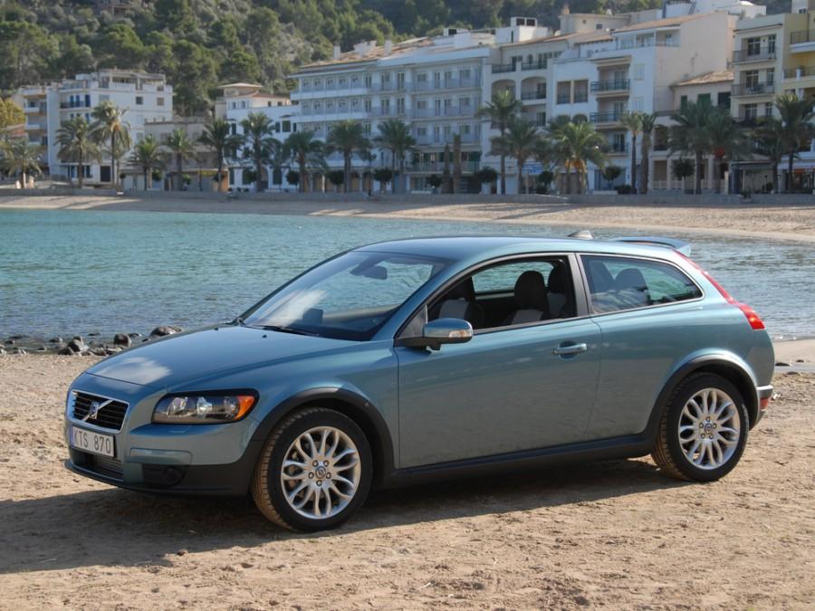 Volvo C30 хетчбэк, 2006–2009, 1 поколение - отзывы, фото и характеристики на Car.ru