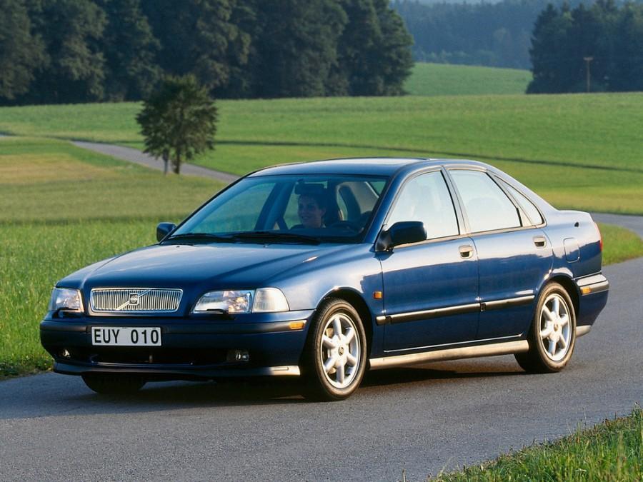 Volvo S40 седан, 1996–2000, 1 поколение - отзывы, фото и характеристики на Car.ru