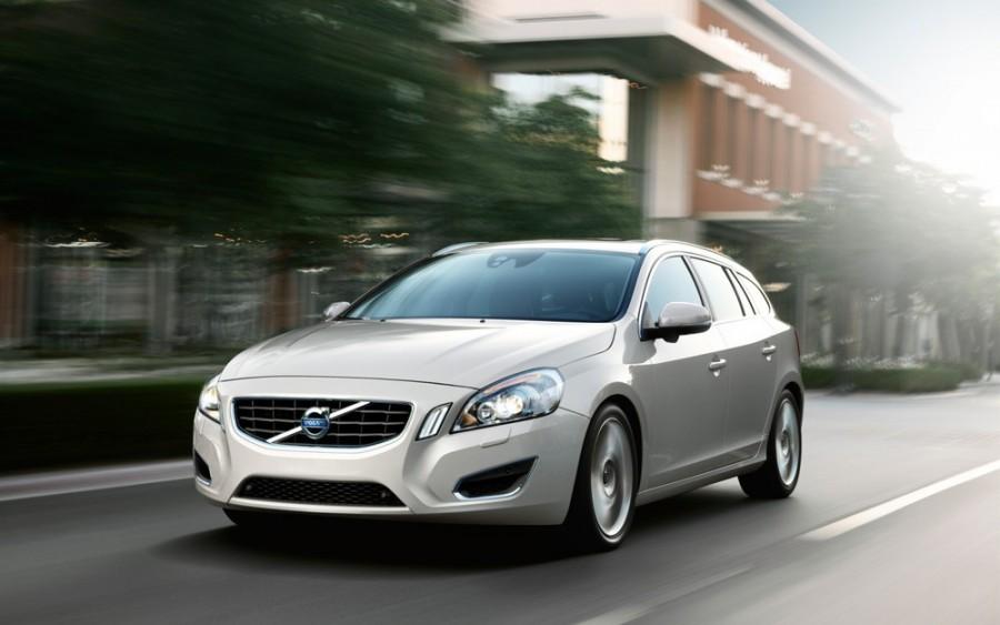 Volvo V60 универсал, 2010–2013, 1 поколение - отзывы, фото и характеристики на Car.ru