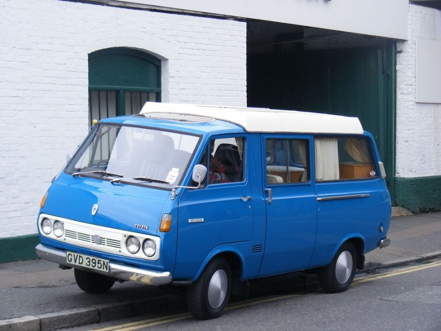 Toyota Hiace Combi микроавтобус 4-дв., H10 - отзывы, фото и характеристики на Car.ru