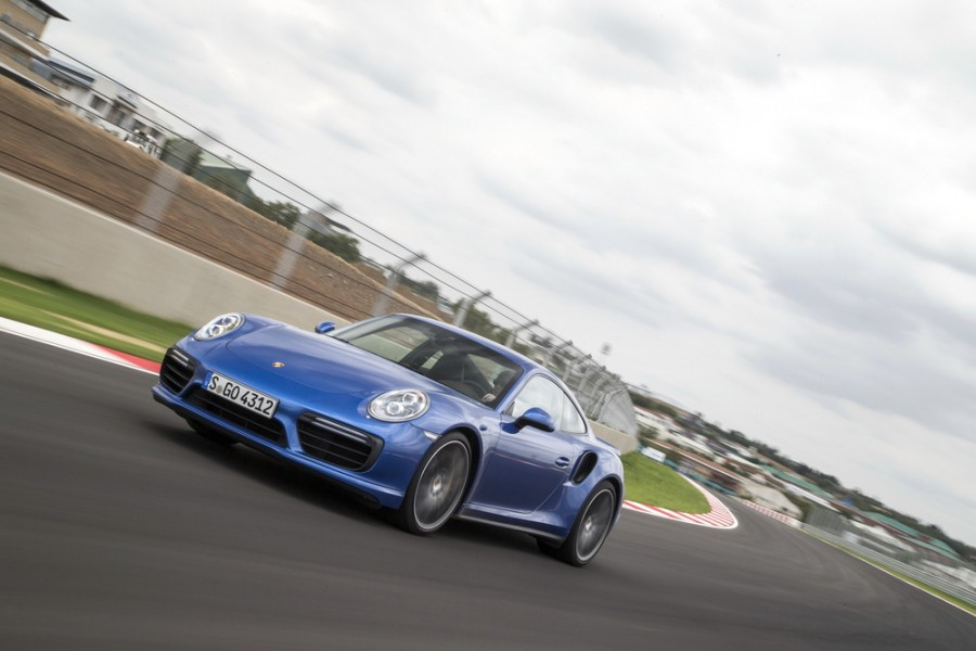 Porsche 911 Turbo купе 2-дв., 2012–2016, 991 [рестайлинг] - отзывы, фото и характеристики на Car.ru