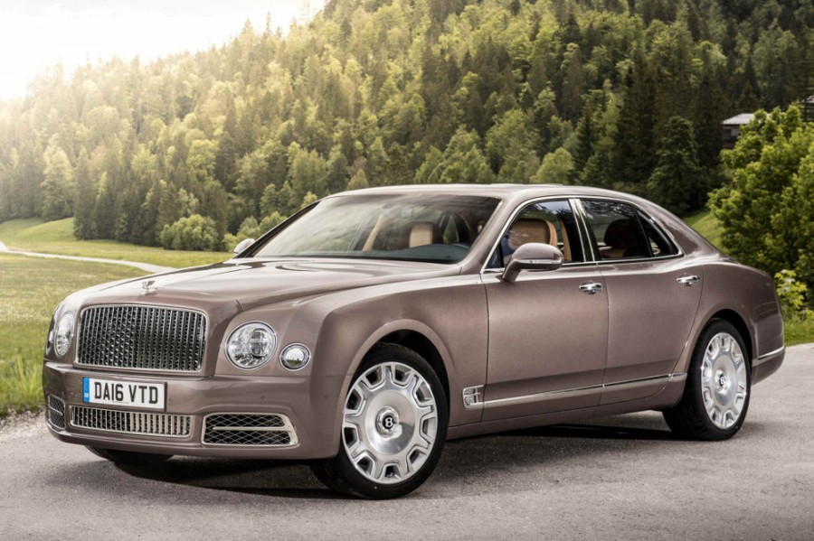 Bentley Mulsanne седан, 2016–2016, 2 поколение [рестайлинг] - отзывы, фото и характеристики на Car.ru