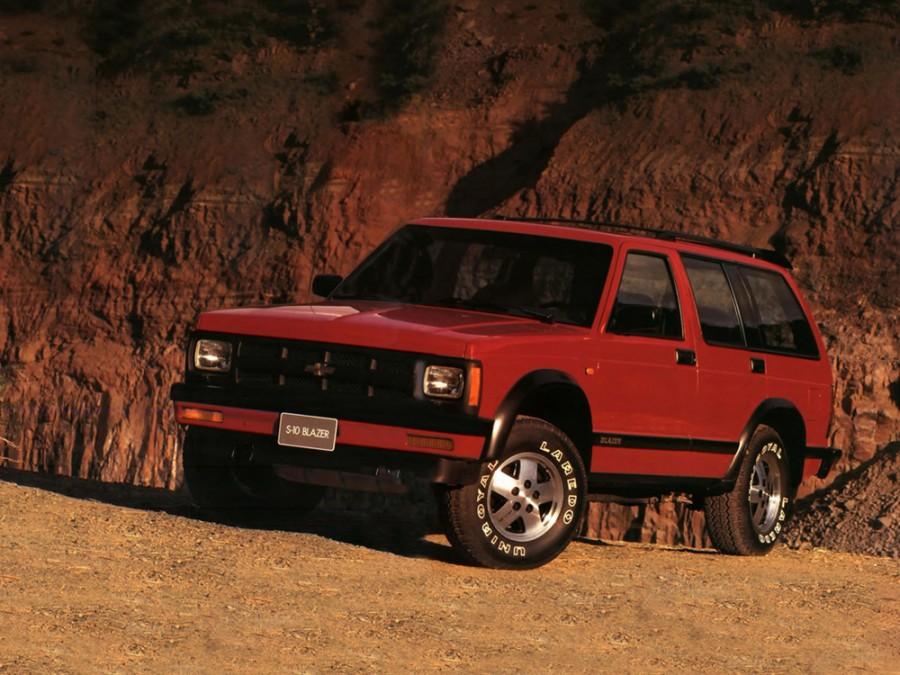 Chevrolet Blazer S-10 внедорожник 5-дв., 3 поколение [3-й рестайлинг] - отзывы, фото и характеристики на Car.ru